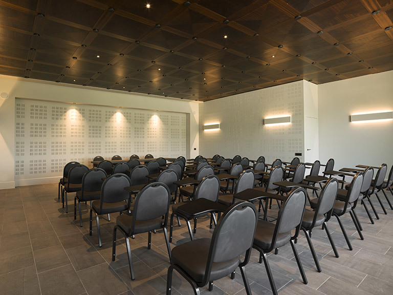 A Small But Spacious Room For Corporate Events