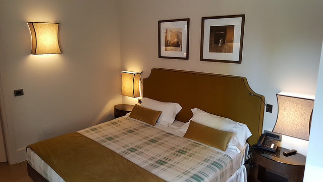 Discover Our Stunning Rooms And Suites 2