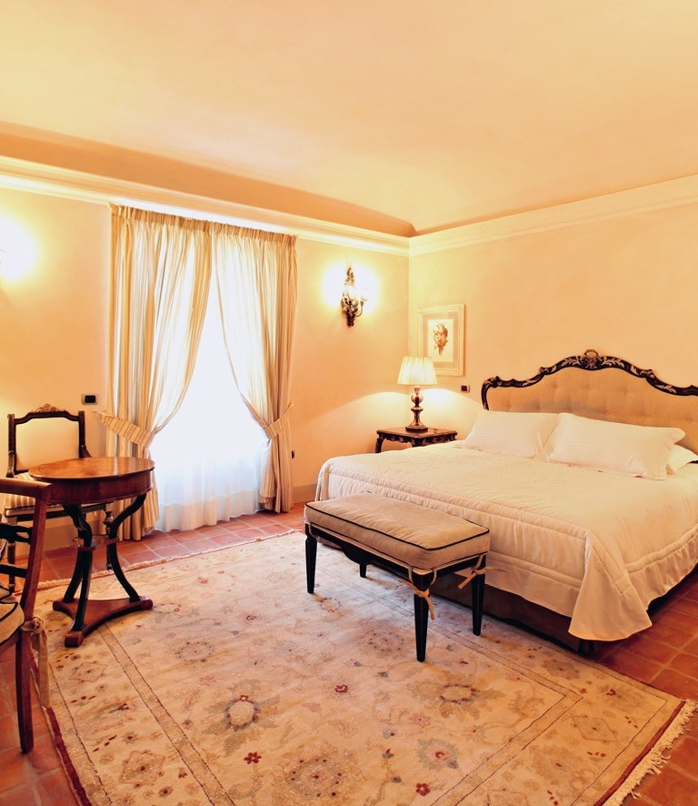 rsu-room-luxury-spa-junior-suite-3